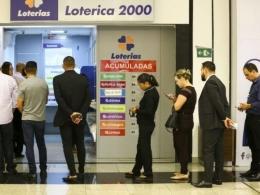 Entenda o que você perde com a nova loteria que Bolsonaro deu à iniciativa privada