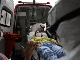 Com explosão de casos, Brasil tem fila de espera por UTIs e falta até respiradores